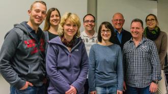 Neuer Vorstand v.l.n.r: Frank, Annette, Claudia, Reiner, Tanja, Manfred, Martin, Dagmar und Ralph-Walter (nicht drauf ;))